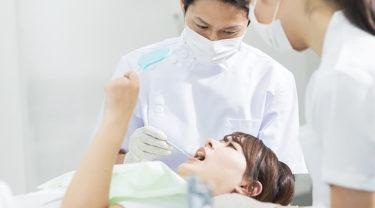 ホワイトニングと違う「歯のクリーニング」とは
